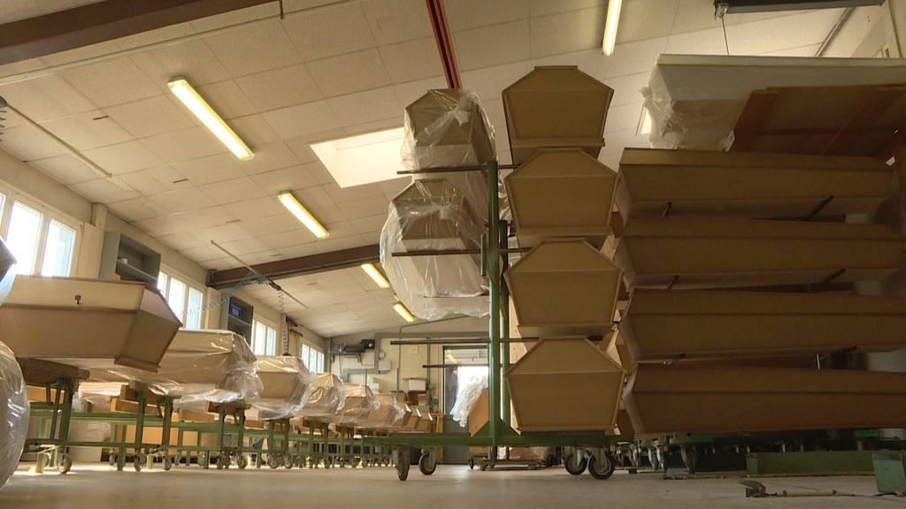 Hochbetrieb in der Sargfabrik: Vorbereitung aufs Schreckens-Szenario