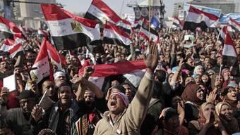 Die Menschen in Kairo feiern