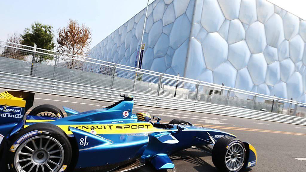 Künftig auch in der Schweiz erlaubt: Der Schweizer Rennfahrer Sebastian Buemi in einem Formel-E-Boliden an einem Rennen in Peking im Jahr 2014. (Archivbild)