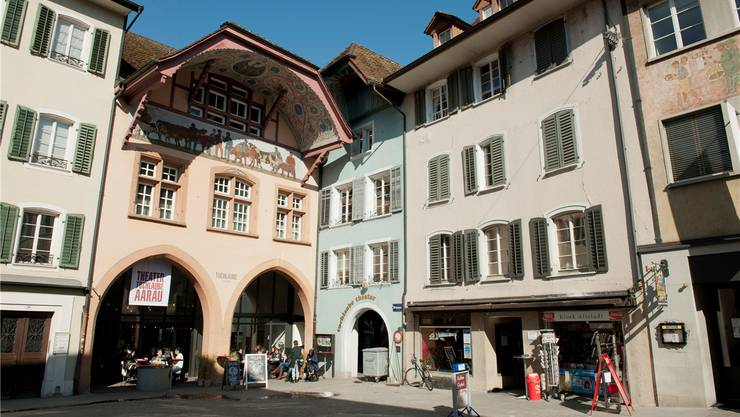 Aarau wehrt sich bis jetzt erfolgreich gegen den Niedergang seiner Altstadt.