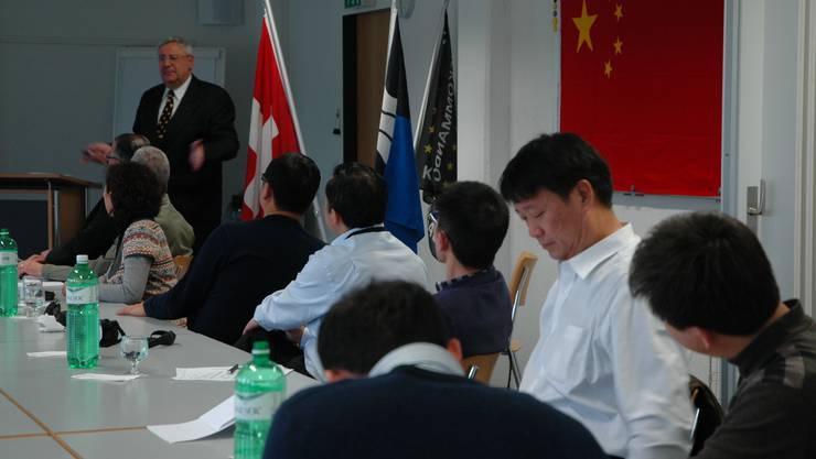 15 Vertreter von verschiedenen Verwaltungsbereichen der chinesischen Provinz Gansu besuchten am Montag den Aargau. (Fotos: Sabine Kuster)