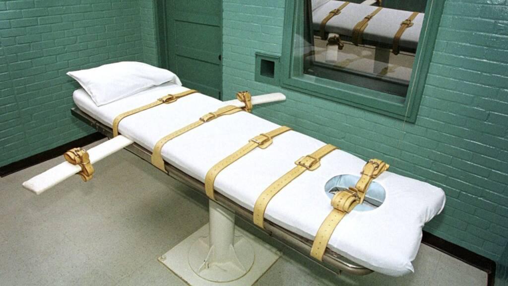 Regierung setzt Hinrichtungen auf Bundesebene vorerst aus