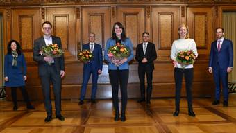 So sieht die neue Regierung ab Februar 2021 aus: Tanja Soland, Kaspar Sutter, Beat Jans, Stephanie Eymann, Lukas Engelberger, Esther Keller und Conradin Cramer (v.l.n.r.).