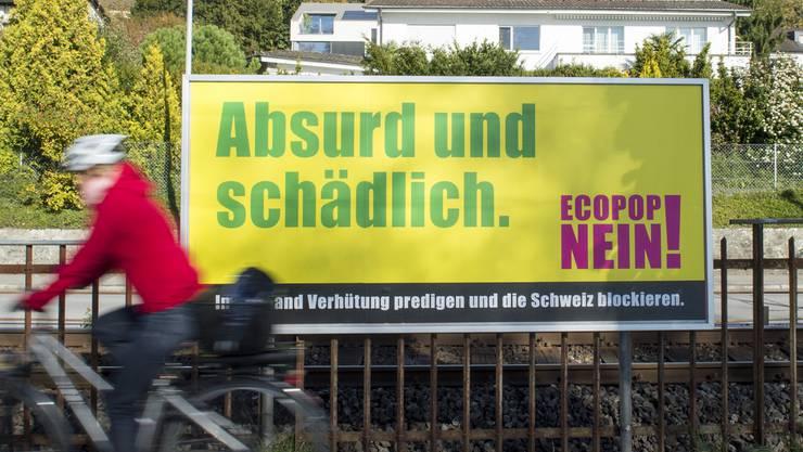 Plakat der Ecopop-Gegner.