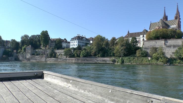 Stimmung auf dem Boot in Basel (Foto: RW)