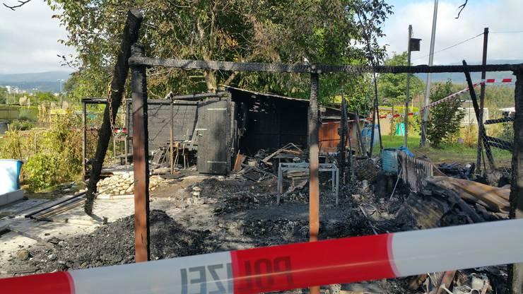 Die Polizei hat Ermittlungen zur Klärung der Brandursache eingeleitet.
