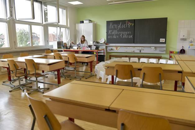 In diesem Klassenzimmer werden bald ihre Schüler sitzen