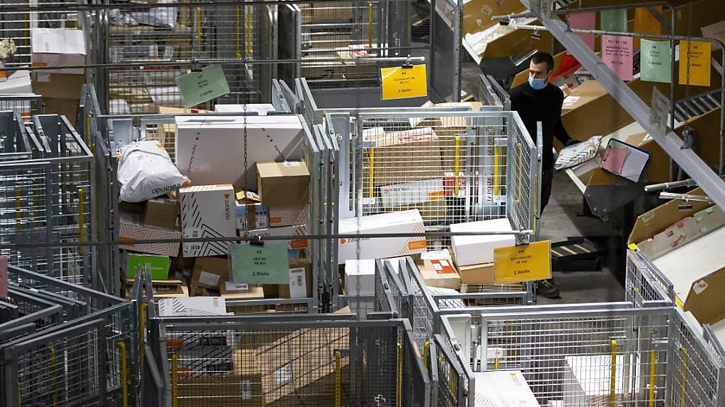 Neues Paketzustellzentrum: Die Post zieht in die alte Druckerei
