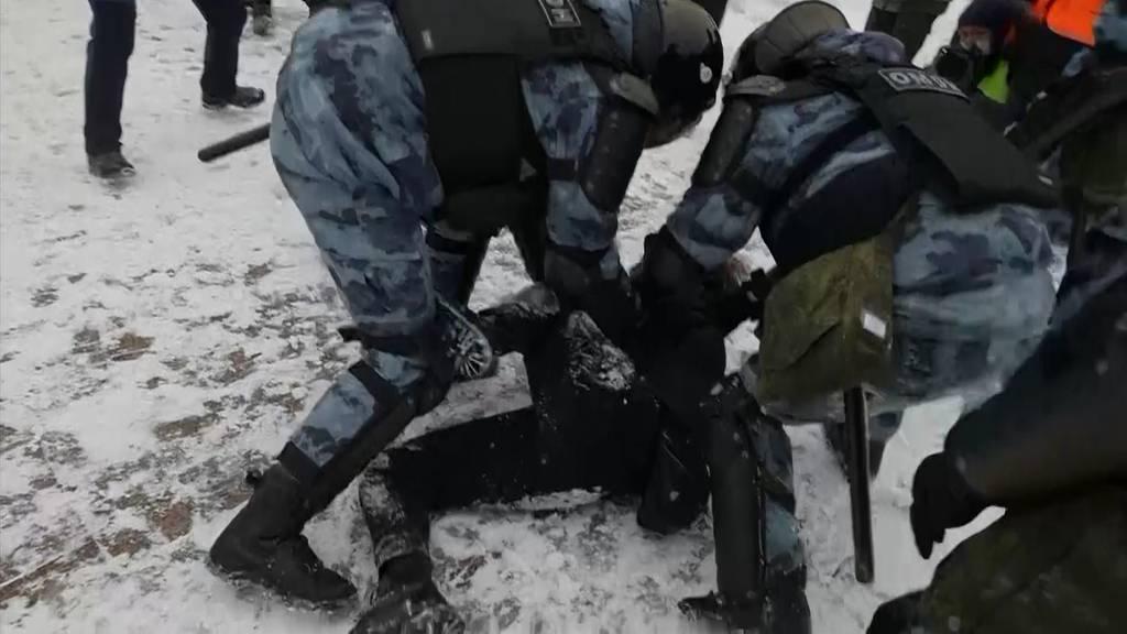 Russland: Mehr als 1000 Festnahmen bei Nawalny-Protesten