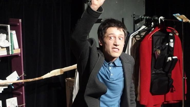 Bewegungsschauspieler Jan Pezzali weiss um die Macht der Mimik. Foto Malini Gloor