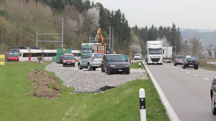Zwischen Döttingen und Würenlingen wird die Wildunterführung gebaut.