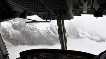Wegen schlechten Wetters konnten die beiden Bergsteiger nicht gerettet werden (Symbolbild)