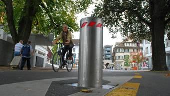 Verkehrspoller könnten das Verkehrsproblem in der Basler Innenstadt in Zukunft lösen. (Symbolbild)