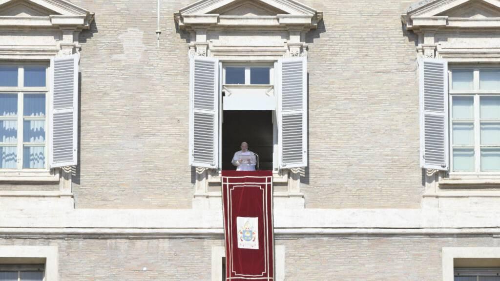 Papst betet für Anschlagsopfer - Bischofsweihe im Petersdom