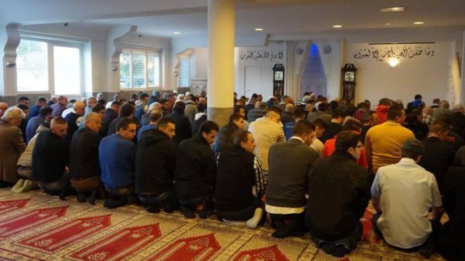 Gut besucht: Freitagsgebet in der Moschee in Kreuzlingen TG. Foto: RIK