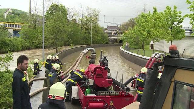 Hochwasser führt zu fast 300 Feuerwehreinsätzen