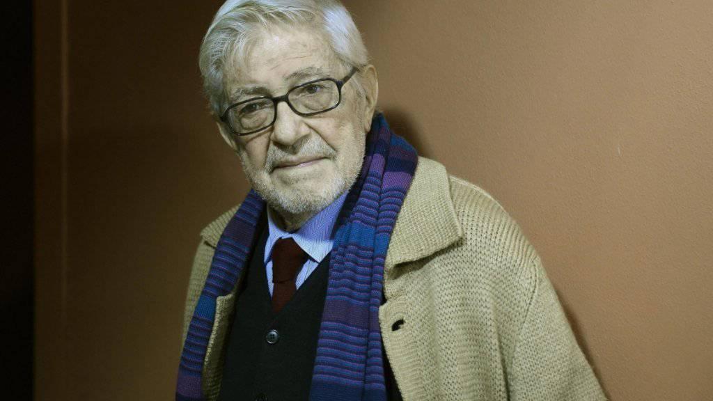 """Ettore Scola vergangenen Oktober auf der Premiere seines letzten Films """"Ridendo e Scherzando"""". Am Dienstag ist er mit 84 gestorben (Archiv)."""