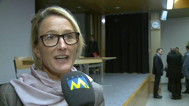 Die Aargauer Sozialdirektorin Susanne Hochuli sagt, weshalb die Flüchtlinge ungleich verteilt sind, warum die unterirdische Unterbringung nur temporär und auch teurer ist.