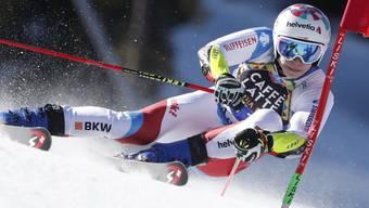 Marco Odermatt bestritt den Riesenslalom in Soldeu mit einer Knieverletzung
