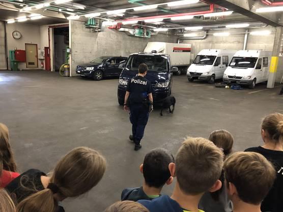 Impressionen vom Zukunftstag bei der Kantonspolizei Aargau (11)