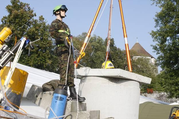 Das Trümmerfeld der Armee-Rettungstruppen, die sich an der Sonderschau ebenfalls präsentiert. (Fotos: Andreas Kaufmann)