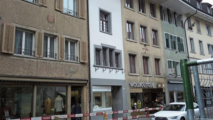 Das «schmalste Haus der Altstadt» (Mitte) wurde umfassend renoviert.