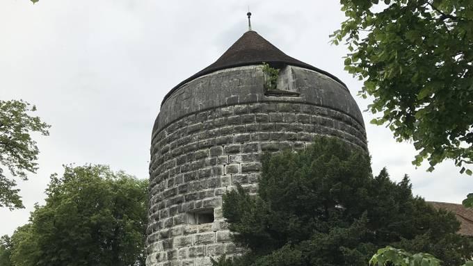 Der Riedholzturm belastet das Alters- und Pflegeheim der Bürgergemeinde.