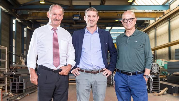 Generationenwechsel: Gabriel Wetter übernimmt die Firmenleitung von Onkel Hans Peter (l.) und Vater Heinz (r.).