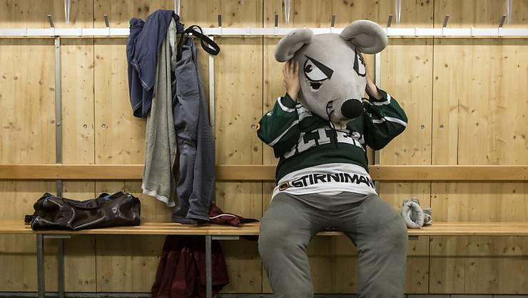 Das Oltner Maskottchen hat derzeit nicht viel zu lachen: bereits zum dritten Mal in Folge gingen die Solothurner zuhause als Verlierer vom Eis