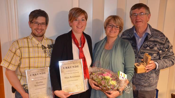 Von links Martin und Maja Reinmann (neue Ehrenmitglieder), Silvia Stähelin (Eidg. Veteranin), Paul Fahrer (abtretender OK-Präsident von Beizlifest).