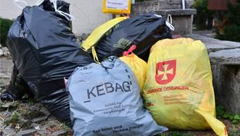 Der Oensinger Gemeinderat will, dass die gelben Säcke ab 2017 verschwinden und durch Kebag-Säcke ersetzt werden.