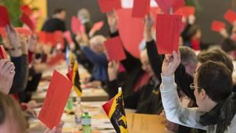 Teileweise fielen die Entscheide der SP-Delegierten in Thun knapp aus