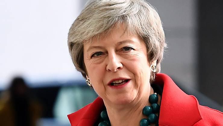 Die britische Premierministerin Theresa May hat vom britischen Parlament eine weiteren Stein für den Brexit in den Weg gelegt bekommen. (Archivbild)