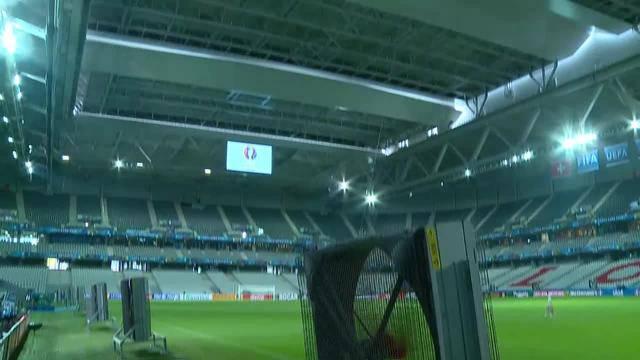 Teil 19: Abschlusstraining vor letztem EM-Gruppenspiel - Fussballturnier für Flüchtlinge