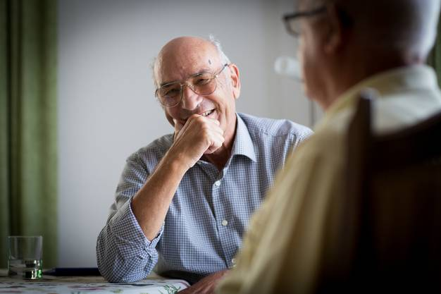 Der 84-jährige Heiri Pfaff arbeitete 21 Jahre im Postdienst vom Waffenplatz Aarau. 19 Jahre lang war er Posthalter in Birrwil, 1996 wurde Pfaff pensioniert. Er lebt heute in Reinach.