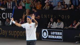 Roger Federer im Interview und beim Training am Donnerstag in Genf.