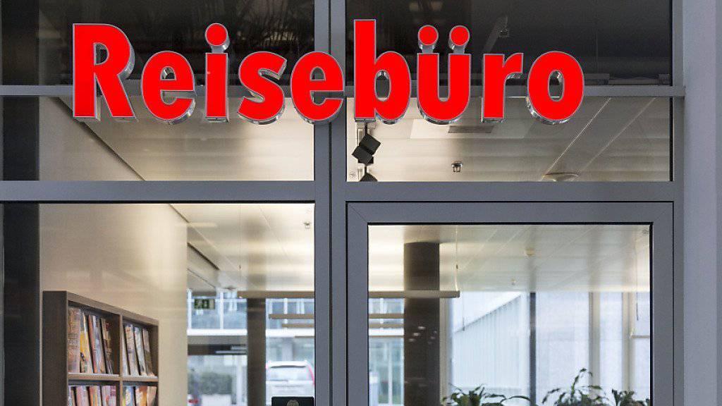 Die Schweizer Reisebüros konnten zwar den durchschnittlichen Umsatz im vergangenen Jahr beinahe halten, die Aussichten sind wegen der Frankenstärke allerdings trüb.