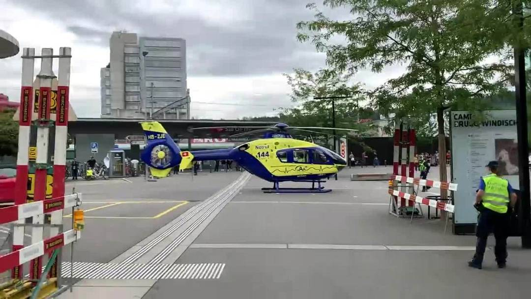 Hier hebt der Rettungshelikopter vom Bahnhof Brugg ab