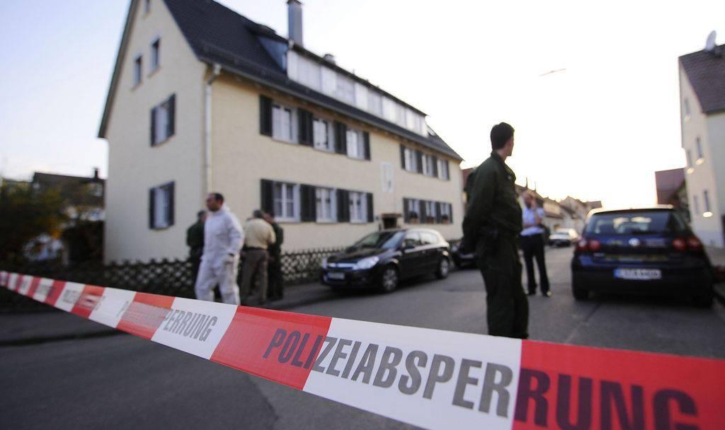 Vater soll Familie in Neuss (D) getötet haben. Nun wird er per Haftbefehl gesucht.