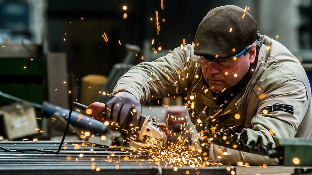 Schwächelnde Metall-, Holz- und Chemieindustrie: Die Aussichten für die Schweizer Konjunktur haben sich stärker als von Ökonomen erwartet eingetrübt. (Symbolbild)