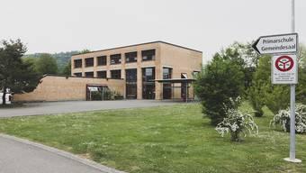 Primarschulehaus Zwingen