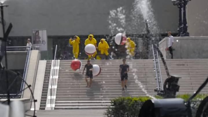 Pikachus jagen in Basel Pokémon-Jäger.