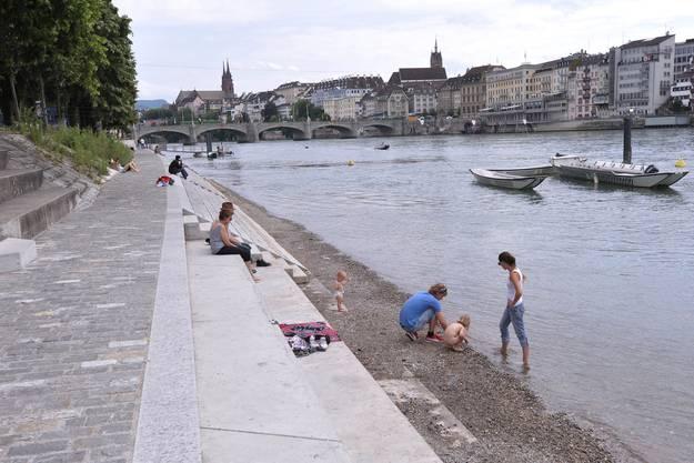 So schön ist es am Rheinufer