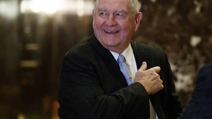 Der frühere Gouverneur des US-Bundesstaats Georgia, Sonny Perdue, soll sich in Donald Trumps Kabinett um Landwirtschaftsbelange kümmern. (Archivbild)
