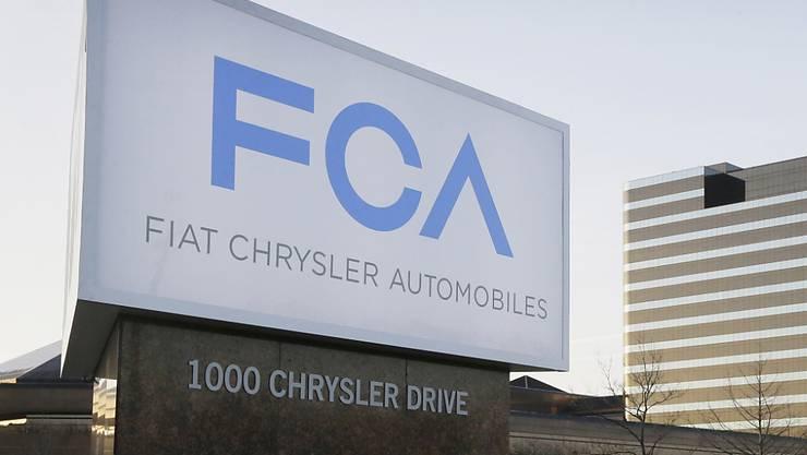 Weil die italienische Regierung Fiat Chrysler im Diesel-Skandal zu wenig auf die Finger gesehen hat, hat die EU-Kommission nun ein Vertragsverletzungsverfahren gegen Italien eingeleitet. (Archiv)