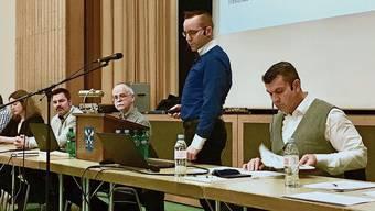 Der Gemeinderat Tägerig legt ein entschlacktes Budget vor und erhält nun Ergänzungsleistungen: Gemeinderat Christian Vogel stellt es vor.