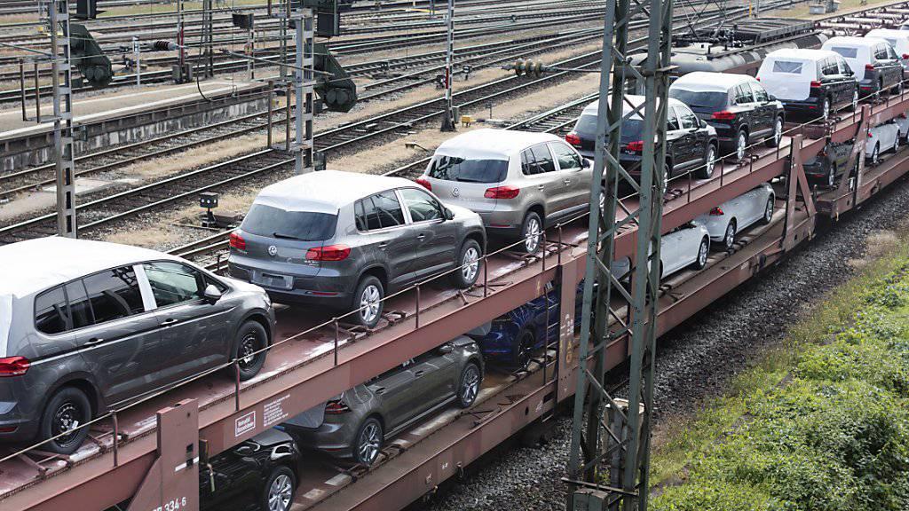 Weniger Neuzulassungen: Wegen Lieferschwierigkeiten wurden 2018 in der Schweiz weniger neue Autos ausgeliefert als im Vorjahr. (Archiv)