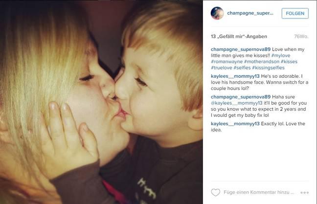 Damit wehren sich Mütter gegen den Vorwurf das Kinder auf den Mund küssen sexuell sei.