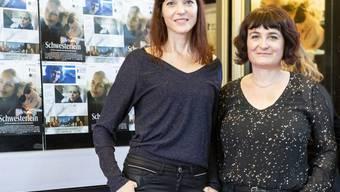 """Die Regisseurinnen Veronique Reymond und Stephanie Chuat (von links): Ihr Spielfilm """"Schwesterlein"""" ist am Montag mit dem Zürcher Filmpreis 2020 ausgezeichnet worden. (Archivbild)"""