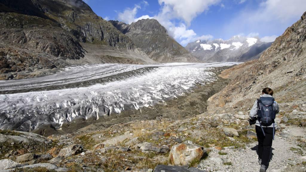 Drastischer Gletscherschwund in den Alpen - speziell in der Schweiz